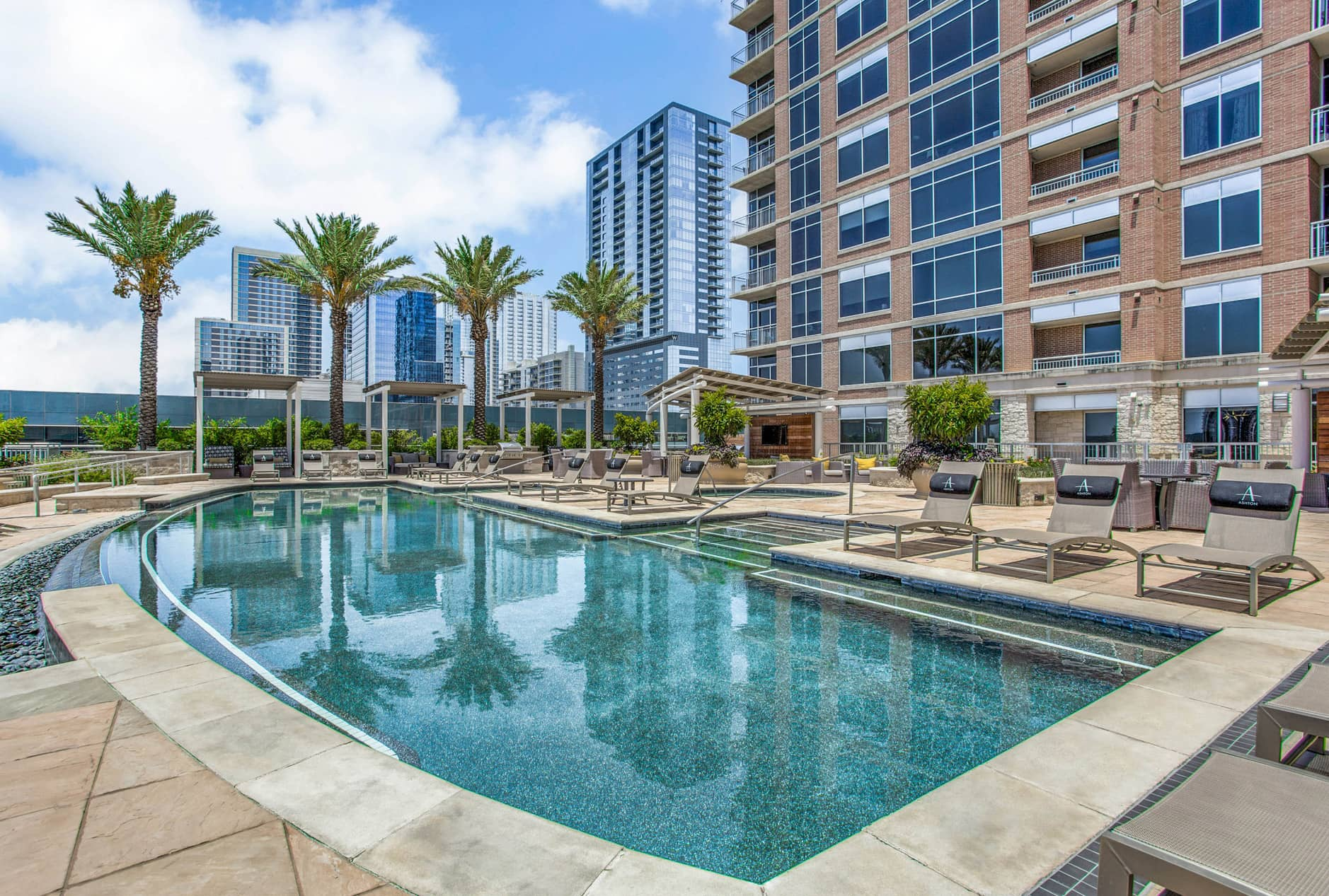 Relocating To Austin? Best High-Rise Apartments In Downtown Austin